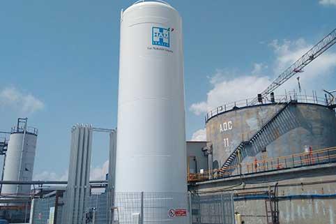 Le aziende con esigenze energetiche uniche possono godere dei vantaggi del gas naturale liquefatto grazie agli impianti di rigassificazione satellitare (PSR)