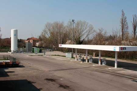 HAM Italia ha progettato, costruito e lanciato una stazione di servizio di gas naturale compresso (GNC) e gas naturale liquefatto (GNL) a Modena